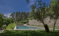 swimming pool - yoga retreat portugal