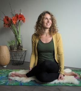 Amber - Alma Yoga