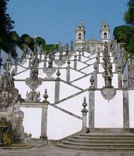 bom_jesus_stairs
